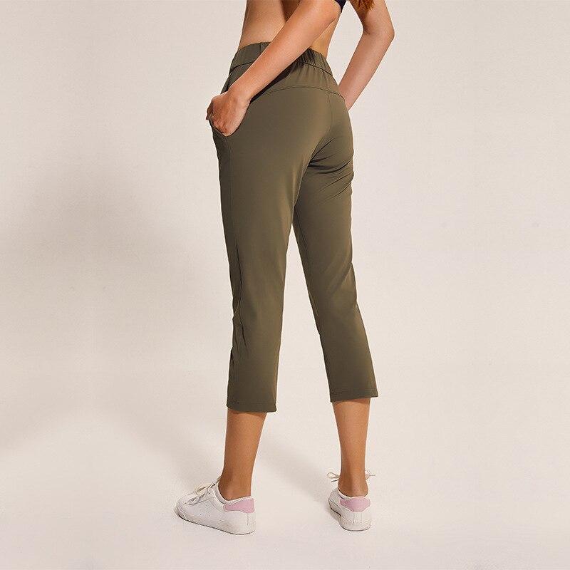 NWT Women Outside Pockets…