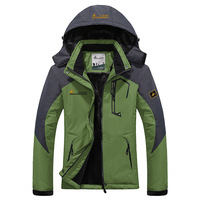2017 New Brand Outdoor Softshell Jacket Men Hiking Jacket Winter Coat Waterproof Windproof Thermal Jacket For