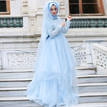 Romantic Fresh 2017 Hijab Wedding Dresses Lace Full Sleeves Muslim Bridal Gowns Crystal Beaded Tulle Long Robe De Mariage