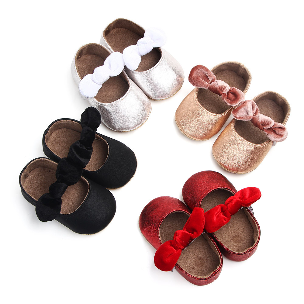 New Red PU Baby Shoes 2018 Infant First Walkers Bow Soft Soled Newborn Bebe Girls Sneaker Prewalker Baby Moccasins