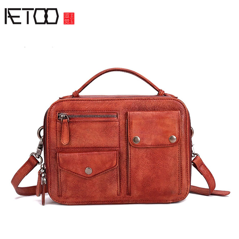 AETOO 2017 new leather postman packet original small square bag shoulder bag simple wild Messenger bag female 2018 new female korean version of the bag with a small square package side buckle shoulder messenger bag packet tide