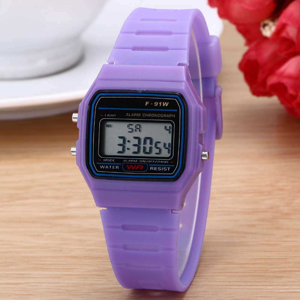 Persegi Digital Dial Plastik Band Tali Pergelangan Tangan Watch Olahraga Elektronik Alarm Clock Anak Square Watch