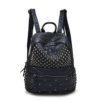 バックパックバッグ2017新しいパッケージリベットリュックファッションレジャー旅行バッグ学生