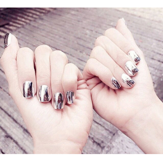Sexy 24pcs Set European And American Style Silver Finished Fake Nails Short Size Square Head
