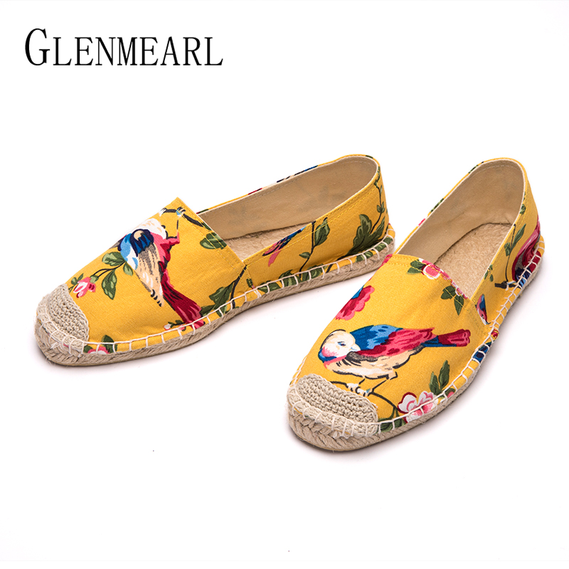 Brand Flat Shoes Women Loafers Embroider Straw Fisherman Shoes