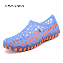 plardin 2018 Summer Man Casual Soft and comfortable Metal Decoration Wear resisting Breathable Beach Sandals Jelly