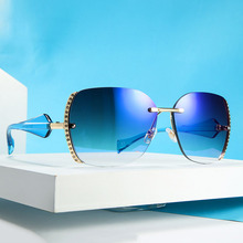 2019 New Rimless Goggle Diamond Side Gradient Sunglasses Women Retro Sun Glasses Vintage Eyeglasses