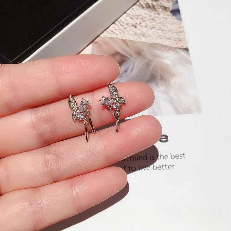 Exquise boucles d'oreilles papillon barres en métal pendentif cubique Zircon boucles d'oreilles mode femmes filles clous bijoux