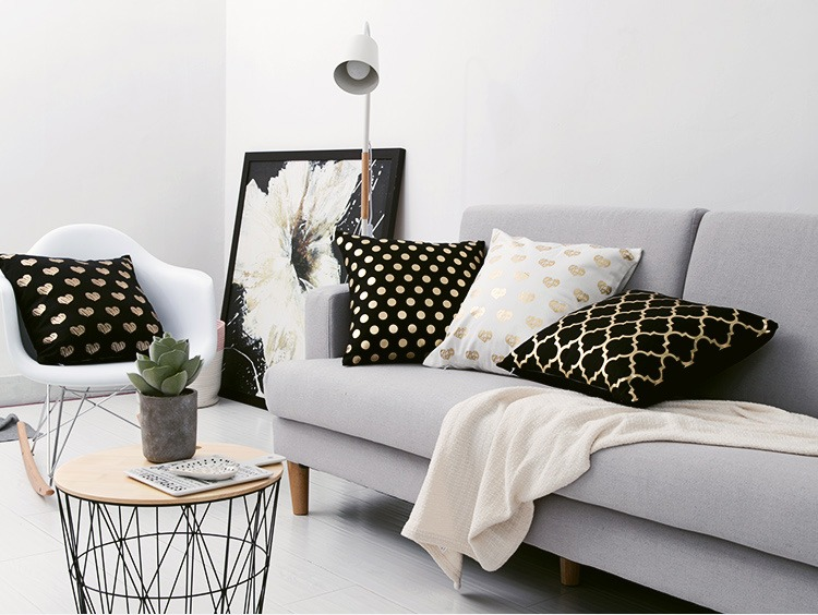 HTB1i3wPPH2pK1RjSZFsq6yNlXXa1 Black Golden Leaves Cushion Brozing Gold Foil Cushion Decorative Pillows Home Decor Throw Pillow Almofadas Decorativas Para Sofa