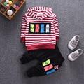 2017 crianças Listrada de manga comprida T-shirt + calças 2 pcs define padrão dos desenhos animados infantil terno 0-1-2-3-4 anos de idade a roupa do bebê