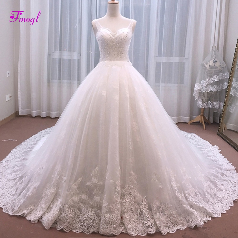 Professional Sale 2018 Lace Elegant Long Train Wedding Dress Boat Neck Half Sleeve Crystal White And Red Luxury Tail Wedding Gown Casamento Y20 Wedding Dresses