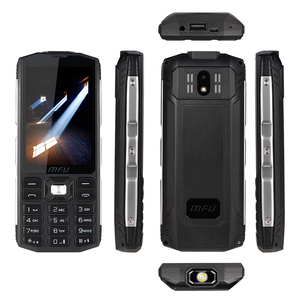 "Image 2 - מעתיק A905 3.5 ""IP68 עמיד למים נייד טלפון Tri sim כרטיס 4000mAh ארוך המתנה אלחוטי FM לפיד כוח בנק גדול נפח טלפונים סלולרי"