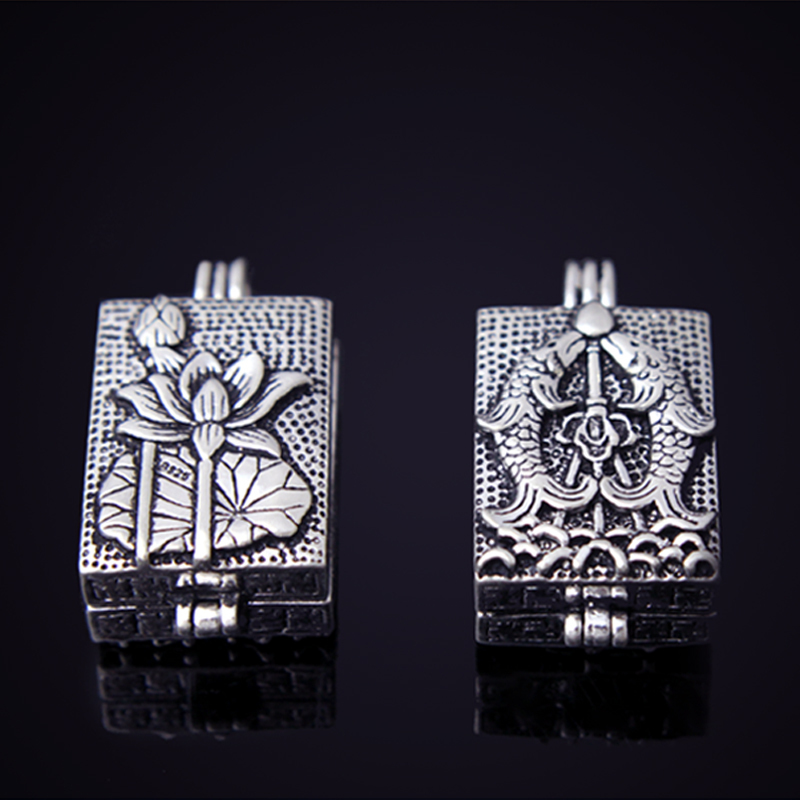 JewelsObsession Sterling Silver 33mm Totem Pole Charm w//Lobster Clasps