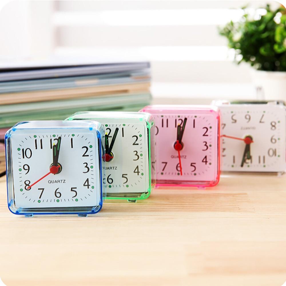 2018 New Cute Clock Bedroom Desk Square Small Bed Compact Travel Quartz Beep Alarm Clock Cute Portable Fashion Clock For 0.836 meja kecil untuk kamar