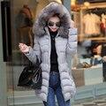 2017 nuevas mujeres de invierno abrigos chaquetas de invierno cálido estilo delgado cuello de Piel Con Capucha chaquetas de algodón de manga larga outwear