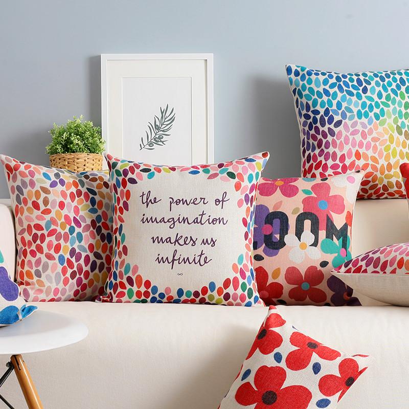 wohnzimmer braun weiß sofa deko kissen rosa rot farbe | deko, Wohnzimmer