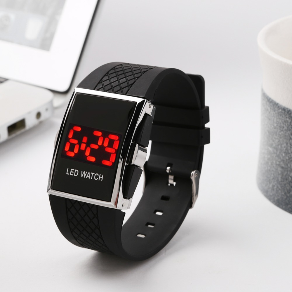 Fashion Digital Watch Men Women Casual Sports Bracelet Watch Touch Screen LED Digital Watch Silicone Strap Sport Unisex