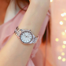 New Fashion Luxury Brand Women Quartz Watch Creative Thin Ladies Wrist Watch For Montre Femme 2019 Female Clock relogio feminino