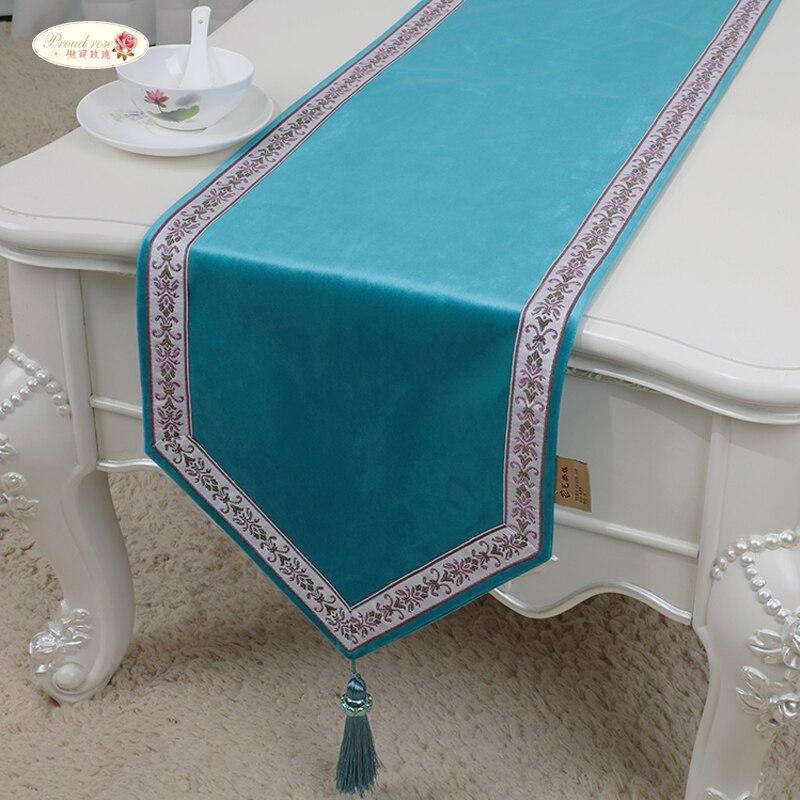 Fier Rose Européenne Pur Couleur Chemin de Table Napperon Simple De Luxe Chemin de Table Tapis de Table Lit Drapeau de Table de Style Chinois Coureur