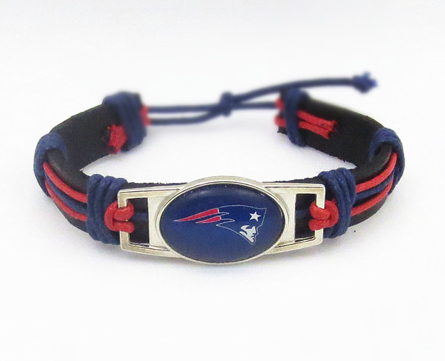 Drop Shipping New England Patriots Bracelet Adjule Genuine Leather Fashion Snap On Charm