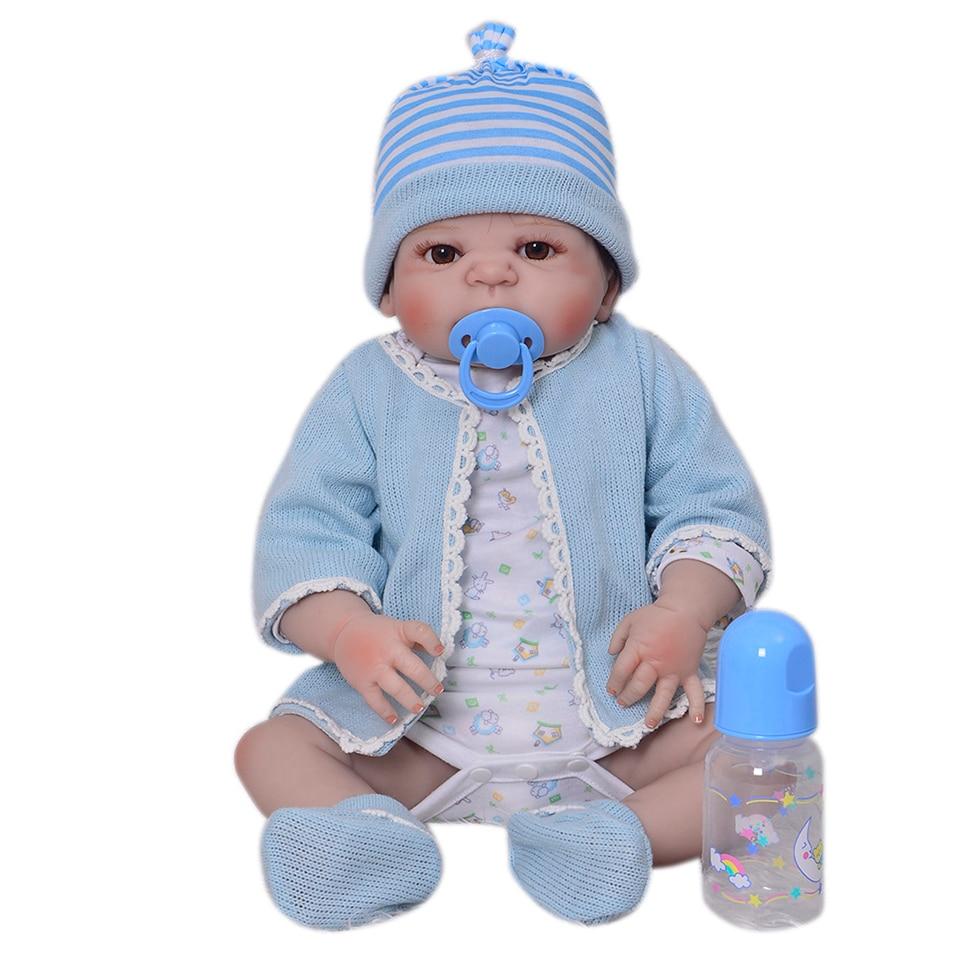 56 cm corps entier Silicone Reborn bébé garçon poupées jouet jouer maison réaliste nouveau-né dormir bébés Reborn poupée Bebe doux bain jouet