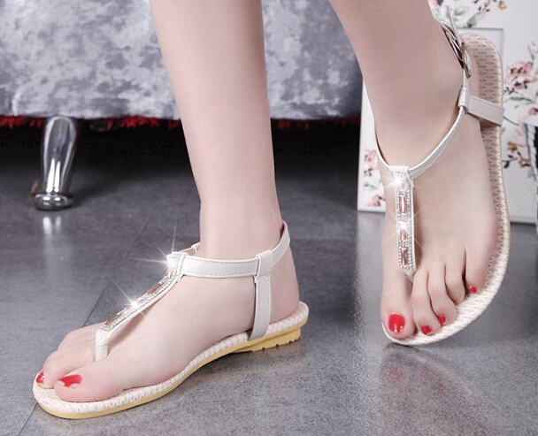 dad76bf8334a3 New summer 2015 Korea female sandals comfortable flat shoes wholesale Women  Crystal diamond pearl toe sandals