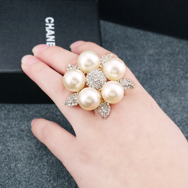 Rainbery Pearl Rings