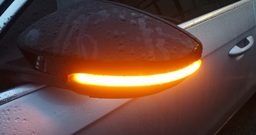 Dynamic Blinker Turn Signals for VW EOS Beetle A5 Passat B7 CC 2011-2017 Led Car Light Indicator Smoked Dark Sequential Mirror