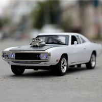 De Snelle En De Furious Charger Lichtmetalen Cars Modellen Gratis Verzending Kids Speelgoed Groothandel Vier Kleur Metalen Klassieke Cars