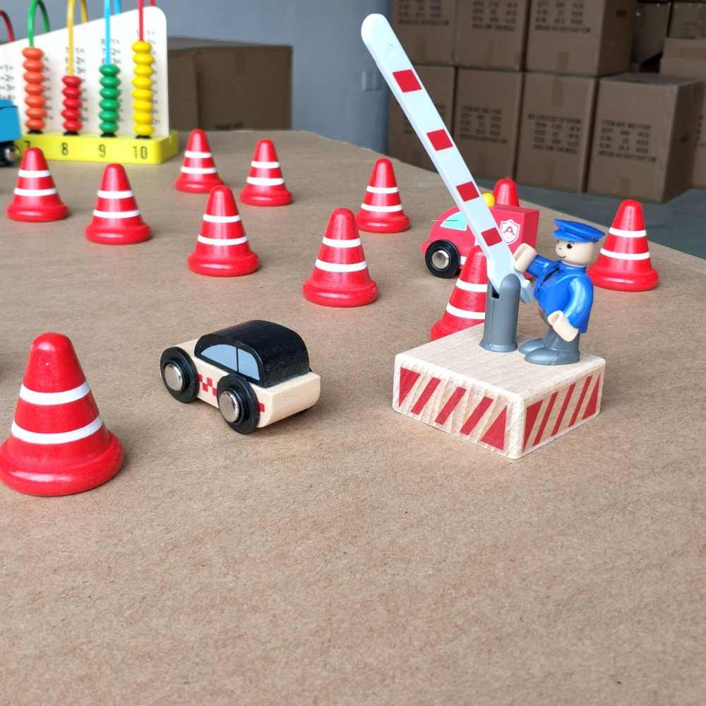 5PCS  Red Wooden Small Traffic Cone Street Traffic Signs Kids Children Educational Toy Set For Kids Birthday Gift Thomas Train