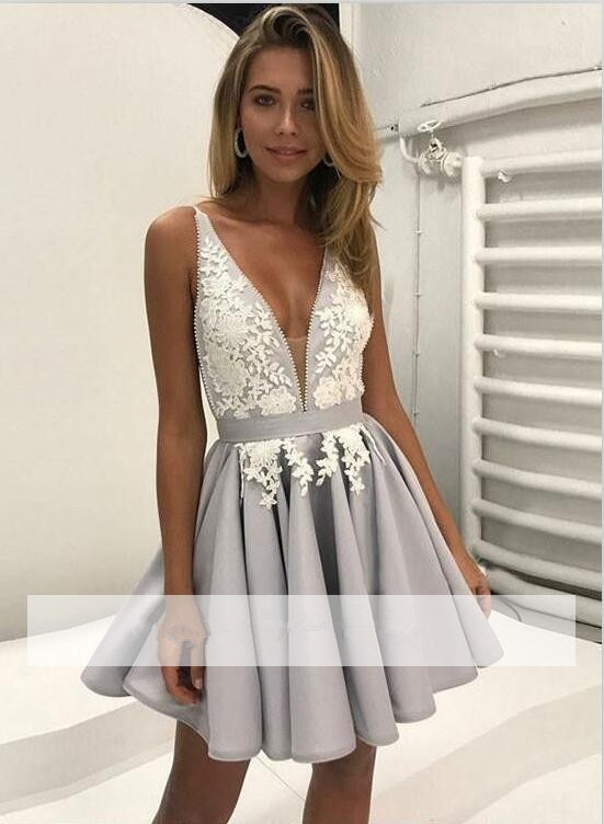 Silver 2018 Homecoming Dresses A line Deep V neck Short Mini Appliques Lace Backless Elegant Cocktail Dresses