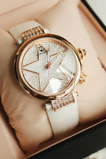 Fee shipping Czech diamond rhinestone crystal Women fashion wrist watches timepiece