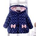 Niñas de alta calidad de la mano de algodón acolchado ropa 2016 nuevo invierno del espesamiento de los niños clothing bebé chaqueta de algodón acolchado bebé caliente