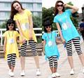 Свободного покроя семья наряды лето семья мультфильм длинные + полосатые гетры устанавливает женщина девушки хлопок комплект