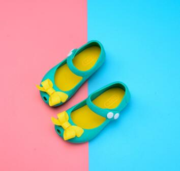 Sarah Free shipping Summer girls sandals, Melissa bow knot jelly shoes, children beach shoes, girls princess shoes.