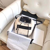 BEST1126 Fashionable Luxury Backpack Simple Portable Folding Europe Designer Backpack Famous Brand Runway Luggage Bag