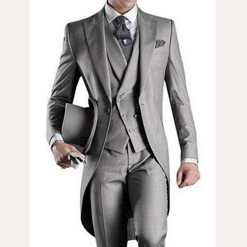 2018 Light Gray Wedding Groom Tailcoat Peaked Lapel One Button Mens Suits Three Piece Tuxedos Men Suit (Jacket+Pants+Vest) button up tailcoat