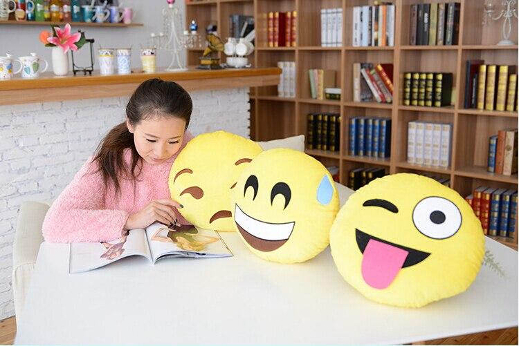 Emoji Kussens Kopen : Lichtgevend eenhoorn kussen unicorn glowing led pillow kopen