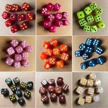 Новинка 10 шт./компл. Круглые Угловые жемчужные кубики 16 мм Красочные 6-сторонние игральные кости для настольных игр развлекательные принадл...