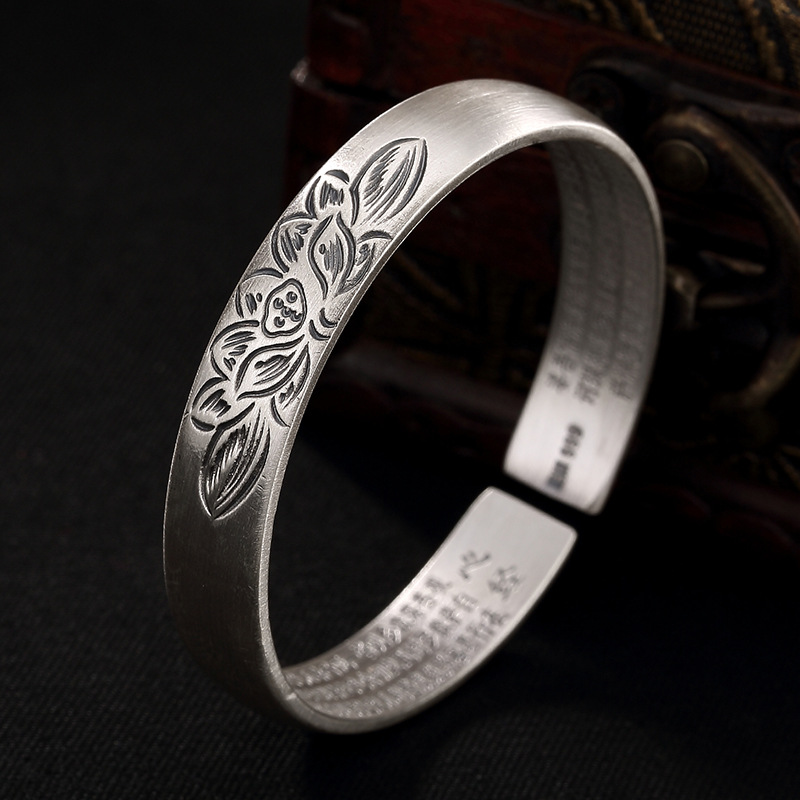 2018 Armbanden Voor Vrouwen Silver, S999, Pure Ancient Lotus, Heart, Bracelet, Top 100 Ladies, Openings, Bracelet Wholesale. s999 fine silver lotus pisces play lady bracelet wholesale sterling silver folk style ways openings