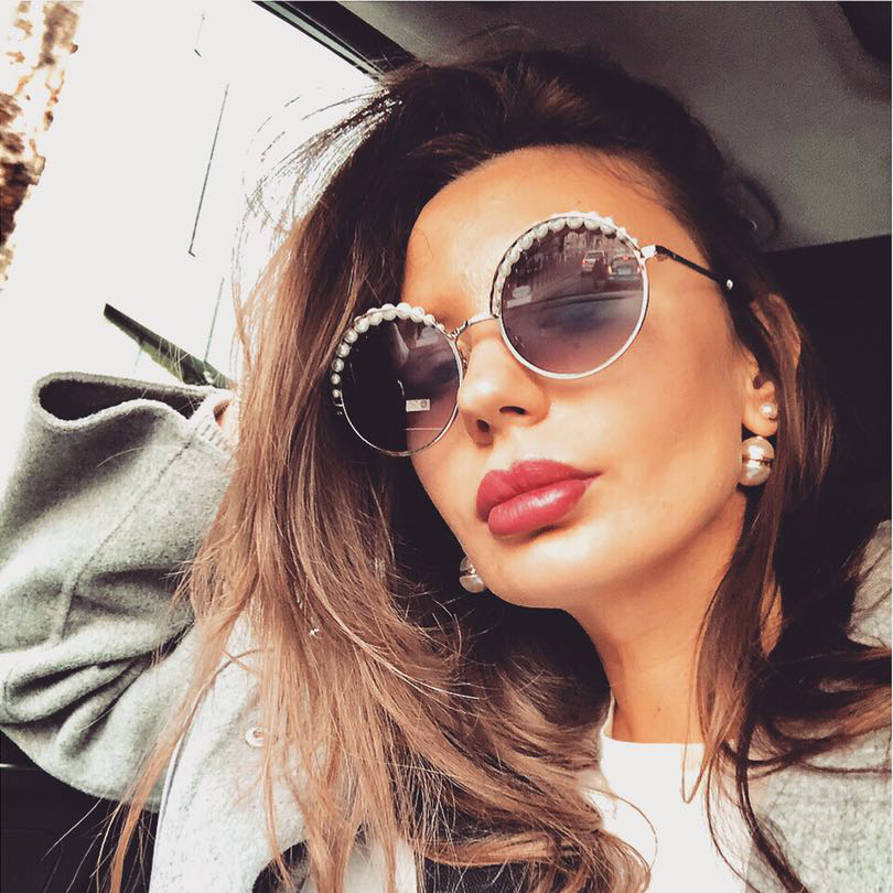high quality round frame women sunglasses with pearls grey lens women sunglasses