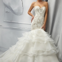 La MaxPa Sweetheart Beaded Mermaid Wedding Dresses