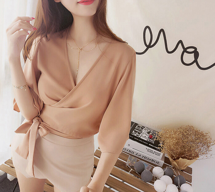 Autumn Chiffon Crop Tops Sweet Half Flare Sleeves Deep V-neck Bandage Bow   Blouses   Women Summer Beach Short   Shirts
