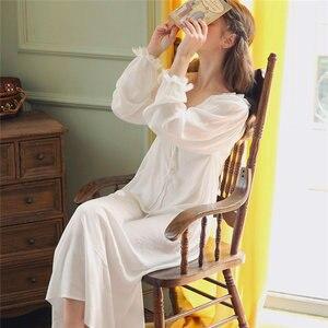 Image 4 - Dài Bông Trắng Cổ V Gợi Cảm Ngủ Đêm Áo Mặc Nhà Vintage Váy Ngủ Công Chúa Đồ Ngủ 2020 Nữ Váy Ngủ T350