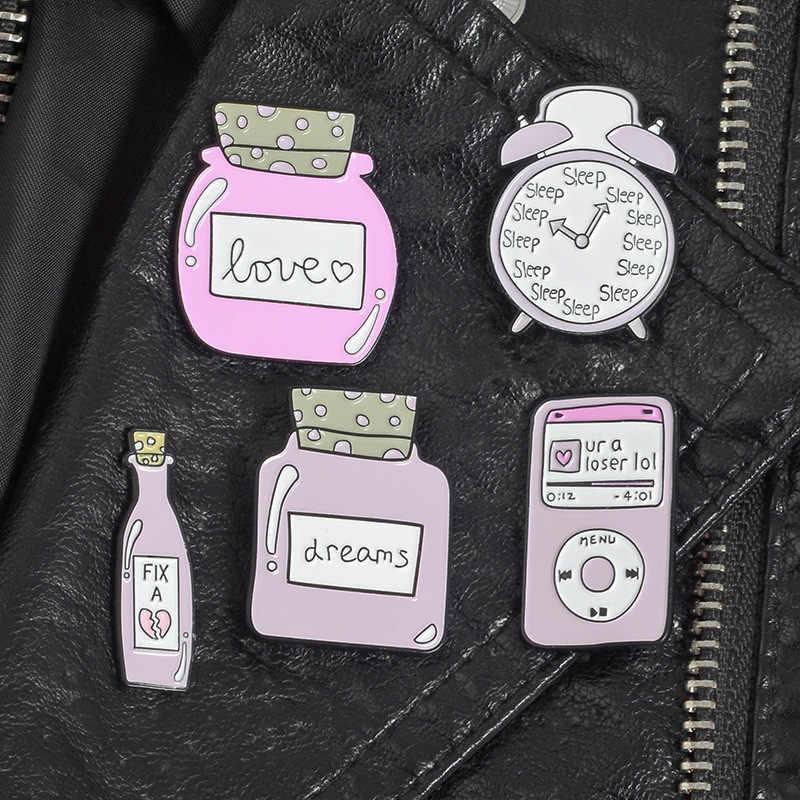 Dibujos Animados Rosa colección esmalte Pins reloj de monitorización de sueño amor botella broches Denim camisa solapa bolsa Pin lindo regalo de joyería para niña