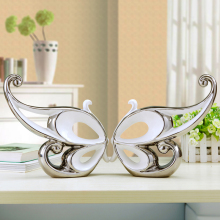 Modern A pair of silver-plated ceramic butterflies figurines high quality handmade abstract  crafts ornament home wedding decor