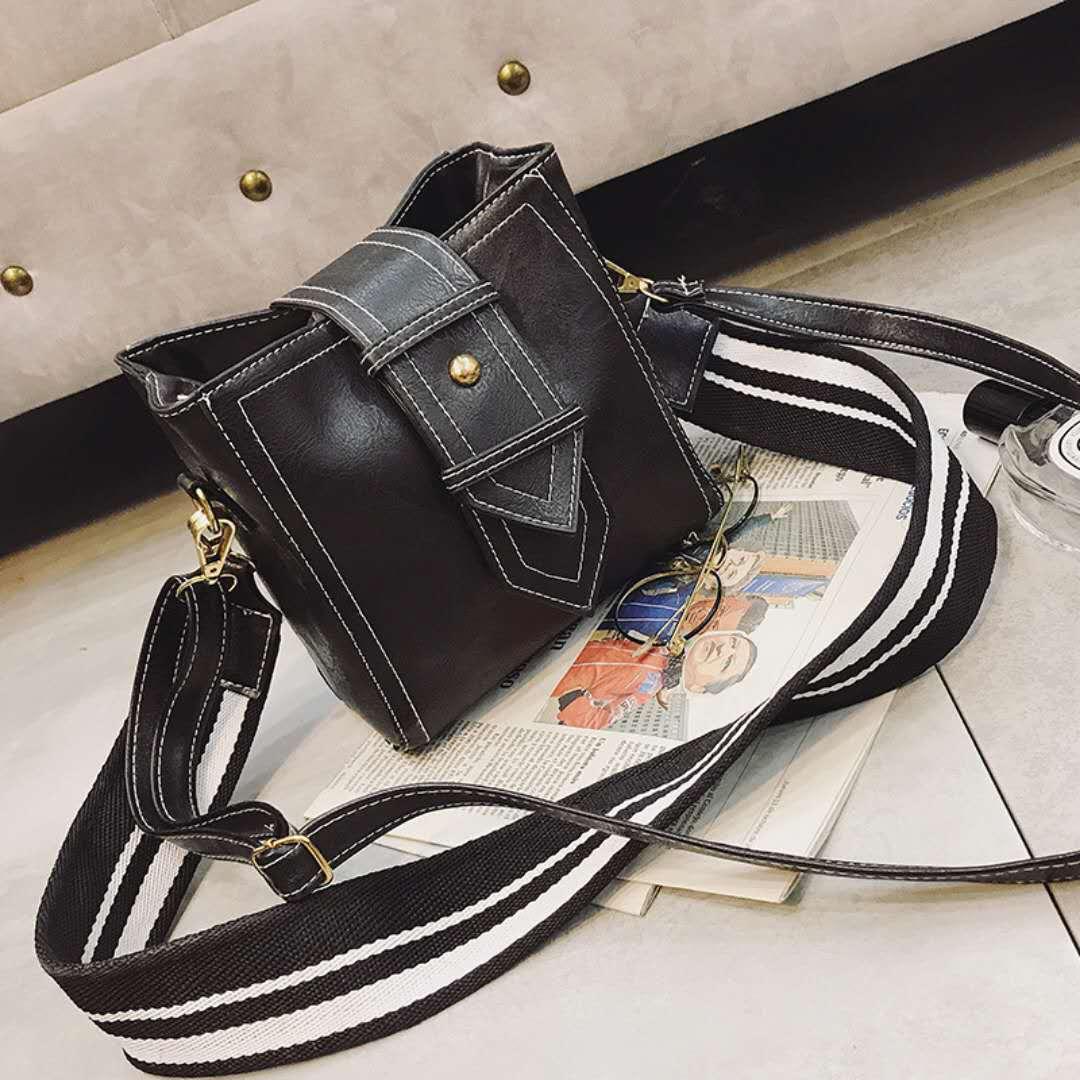 f05e0ff00c73 Hot Sale Divat Női táskák PU bőr Messenger táska Fűző táskák ...