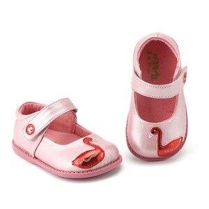 Image 1 - TipsieToes zapatos de piel auténtica de alta calidad con costuras para niños, Zapatillas para niños y niñas, novedad de Otoño de 2020, Swan