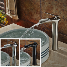 New Desing Deck Mount Waterfall Bathroom Sink Faucet Single Handle Washbasin Mixers with Hot and Cold