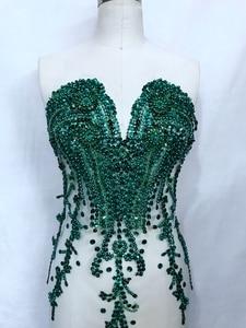 Image 3 - ハンドメイドラインストーンアップリケにメッシュディープグリーントリムパッチ 66*34 センチメートルウェディングドレスのためのアクセサリー 7 色